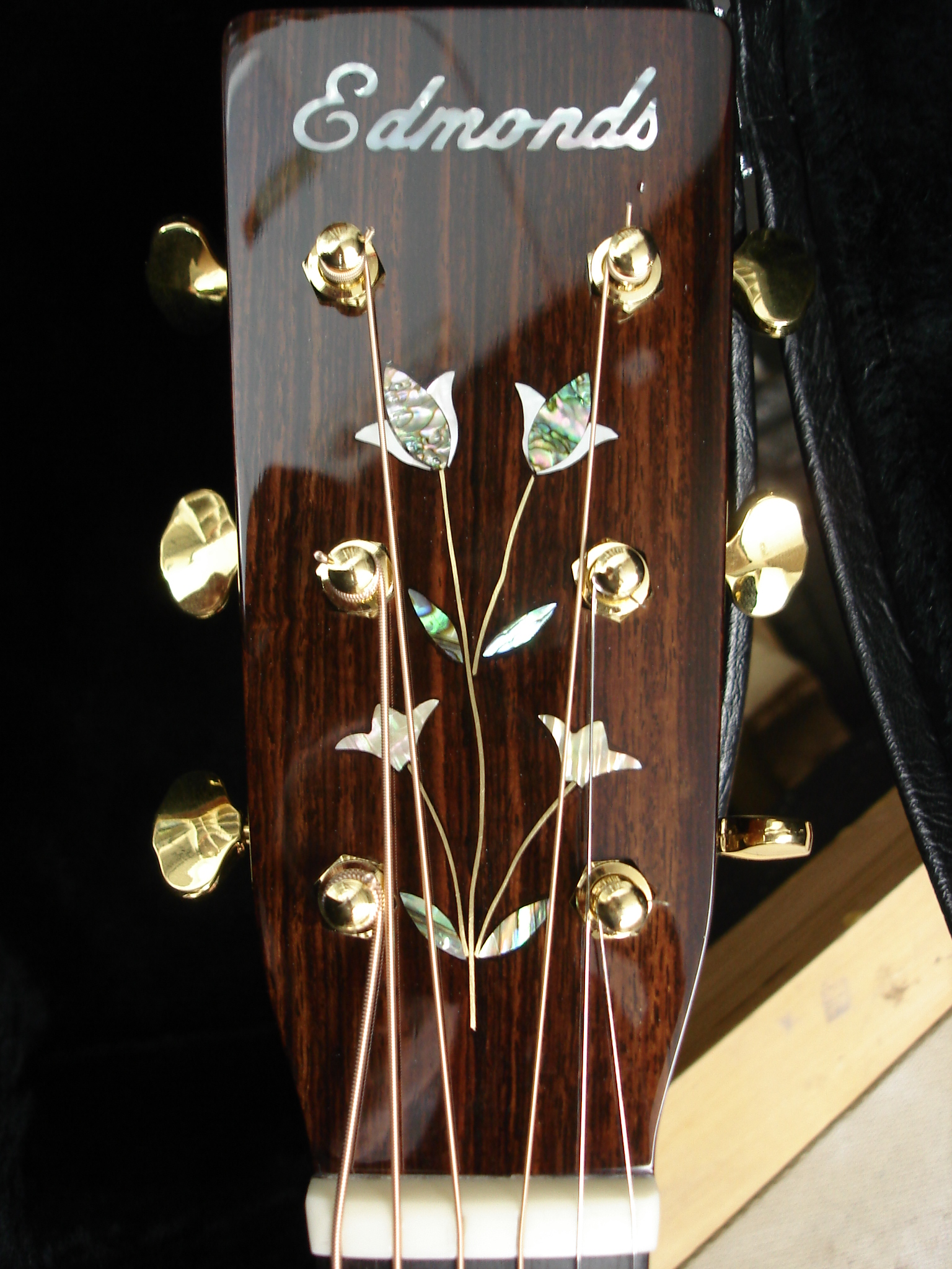 flower headstock